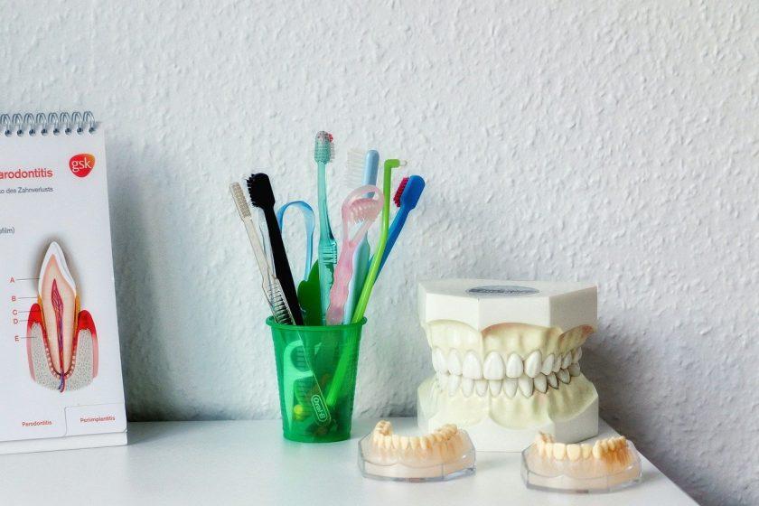 Eck M C van tandarts lachgas