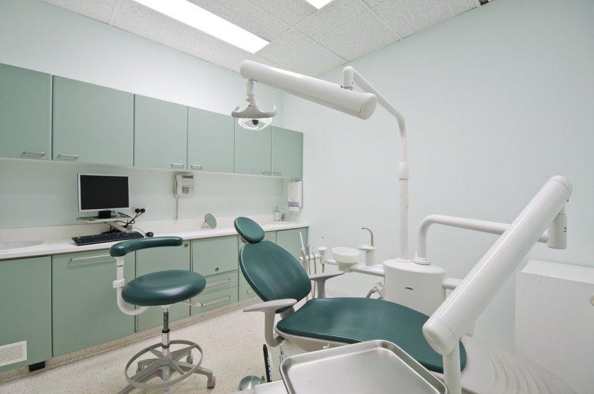 Aanhold A C van Tandartsenpraktijk tandarts behandelstoel
