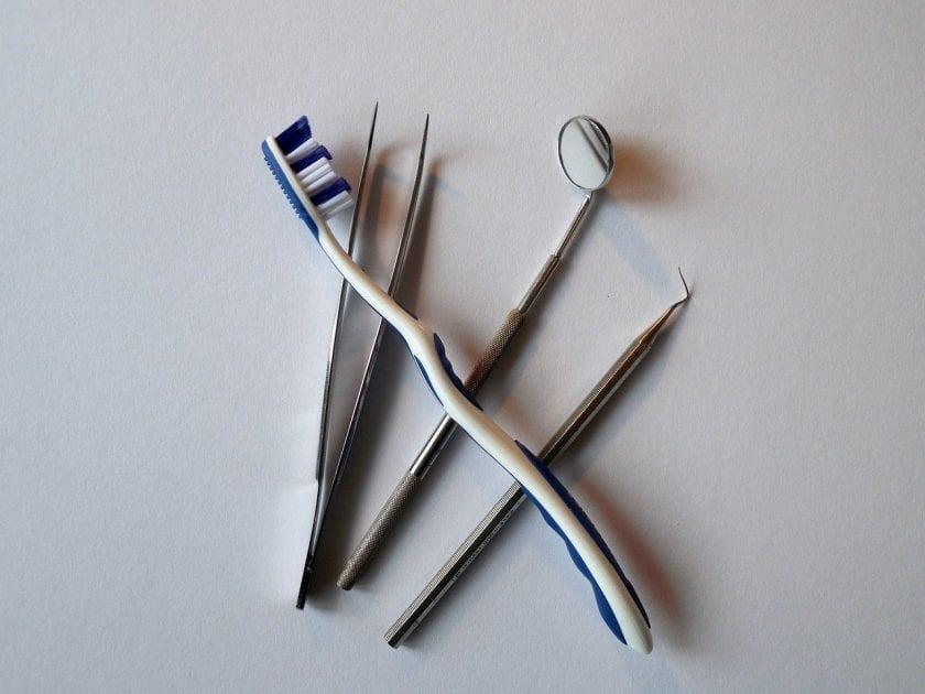 Barels W tandarts onder narcose