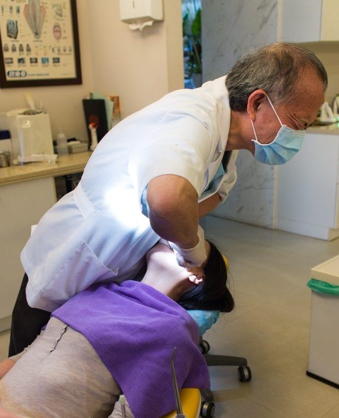 Tandarts praktijk Helpman spoedhulp door narcosetandarts en tandartsen