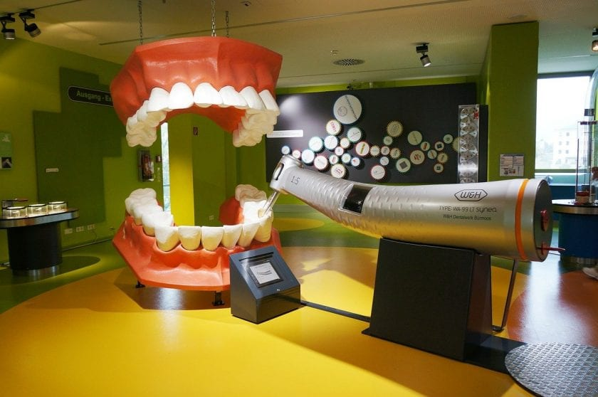 Tandarts praktijk Vredenburg spoedhulp door narcosetandarts en tandartsen
