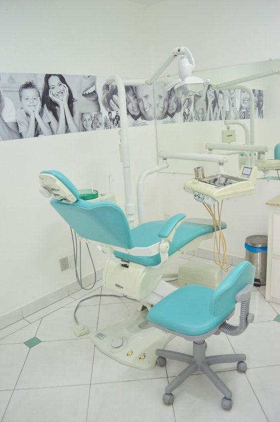 Tandarts praktijk Zonderwijk spoedhulp door narcosetandarts en tandartsen
