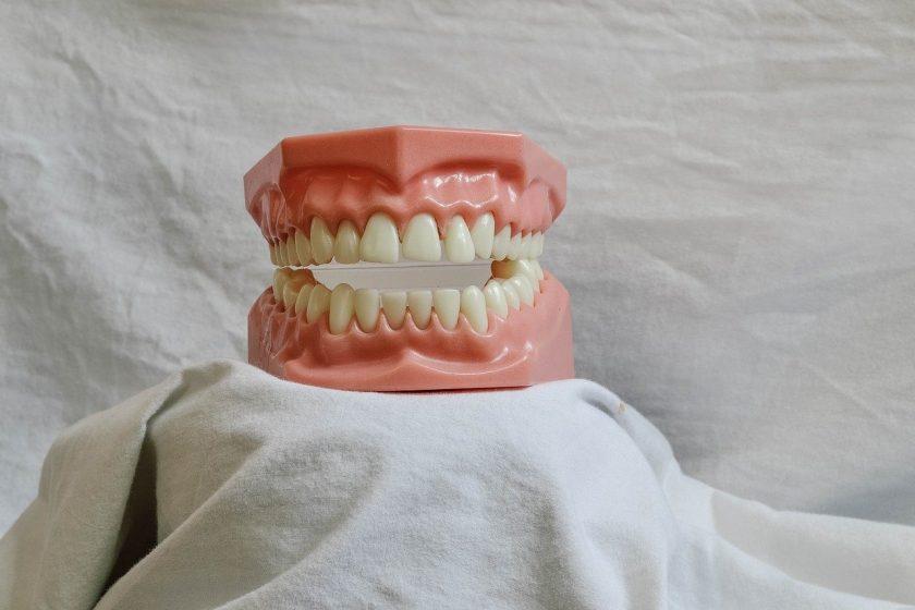 Chung Hong Chan tandarts behandelstoel