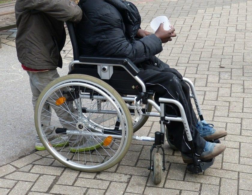 DE Zorgverlener instelling gehandicaptenzorg verstandelijk gehandicapten ervaringen