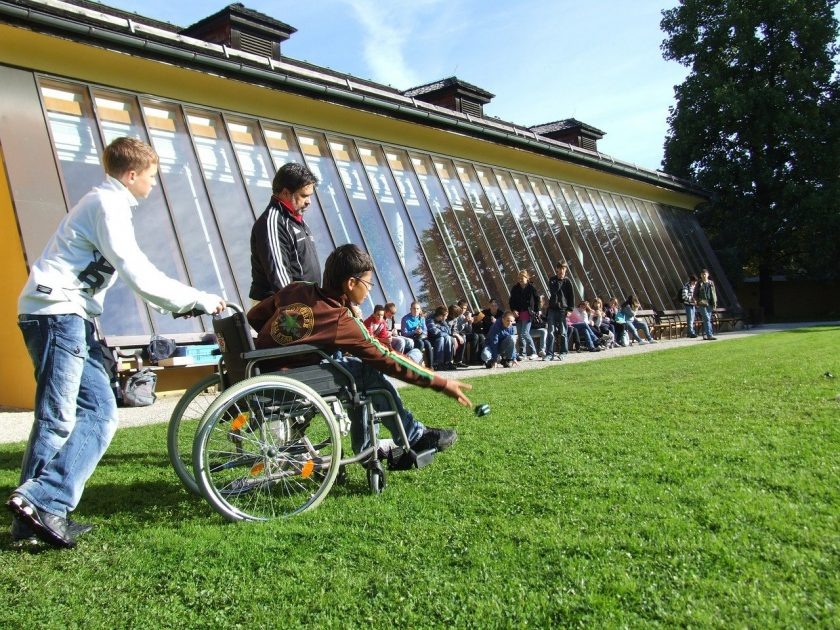 Galerie en zorgatelier KANS ervaring instelling gehandicaptenzorg verstandelijk gehandicapten