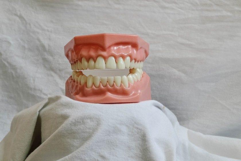 Geesteren Tandartsenpraktijk tandarts behandelstoel