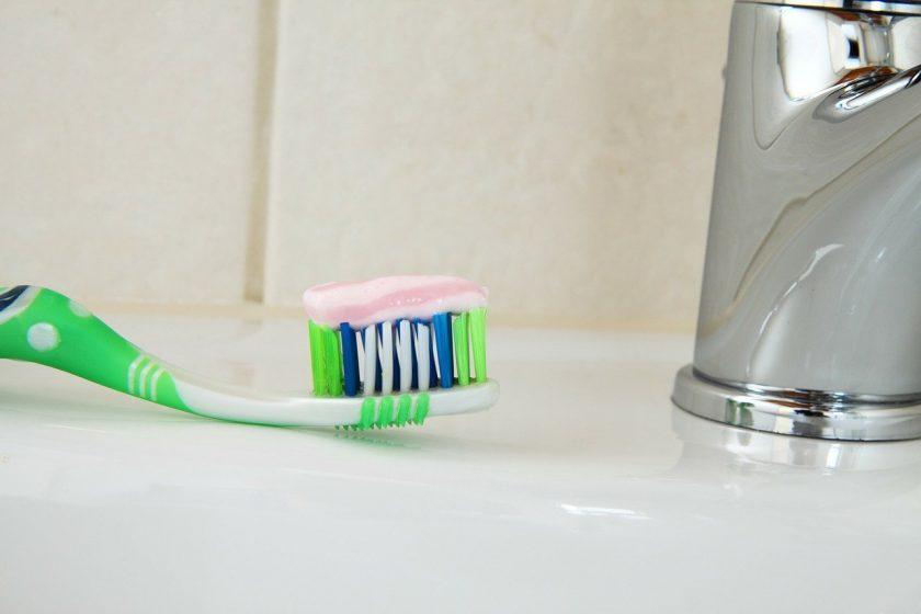 Rij D L van tandarts behandelstoel