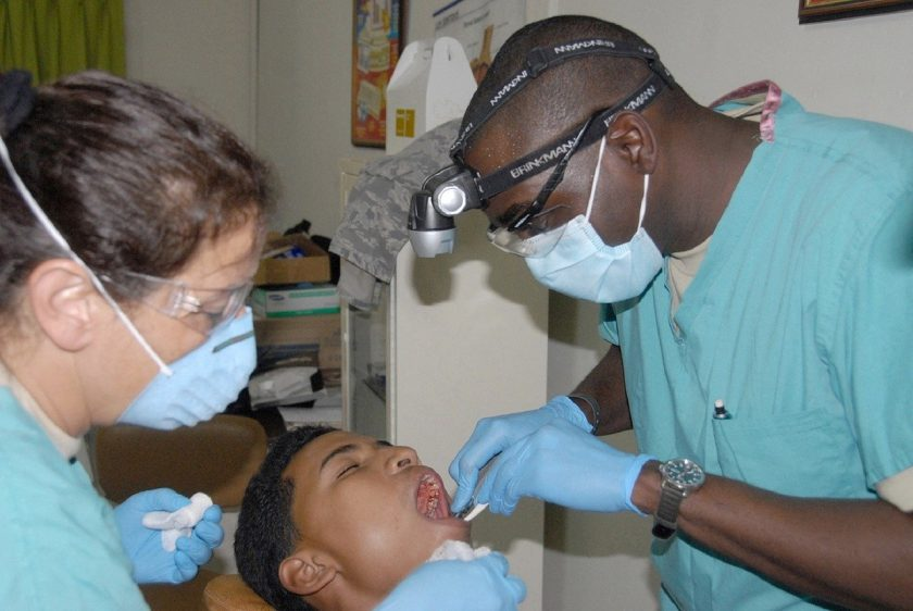 Sanderink Koedam W L bang voor tandarts