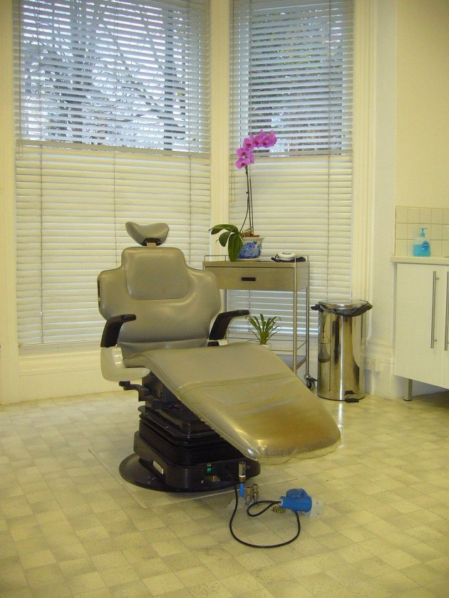 Tandartsencentrum Osdorpplein tandarts behandelstoel