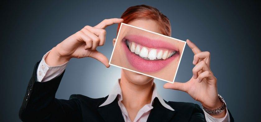 Vries B P E de tandarts spoed