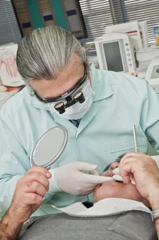 Tandarts praktijk Sittard spoedhulp door narcosetandarts en tandartsen