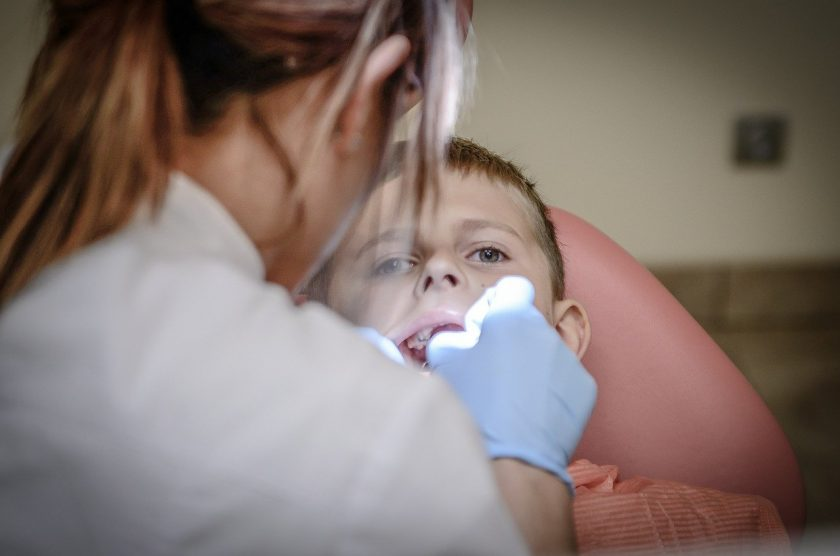 Tandarts praktijk Steenwijk spoedhulp door narcosetandarts en tandartsen