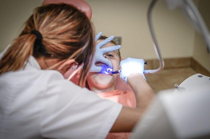 Tandarts praktijk Lisserbroek spoedhulp door narcosetandarts en tandartsen